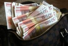 τσάντα με λεφτά
