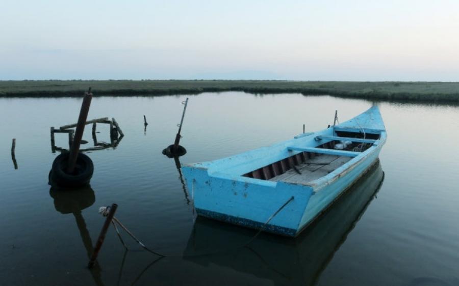 Έβρος βάρκα