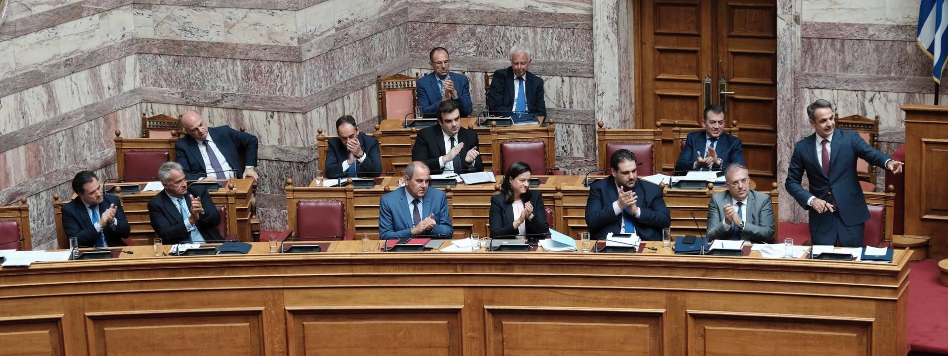 Η «δημοκρατία» βαθμολογεί την Κυβέρνηση: Δύο υπουργοί πήραν μονάδα κι ένας μηδέν!