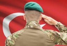 Τούρκος αξιωματικός