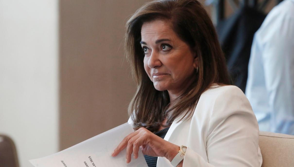 Αισιόδοξη για τον τουρισμό η Ντόρα Μπακογιάννη ετοιμάζεται να δώσει μάχη για τη… σωτηρία της Ε.Ε.!