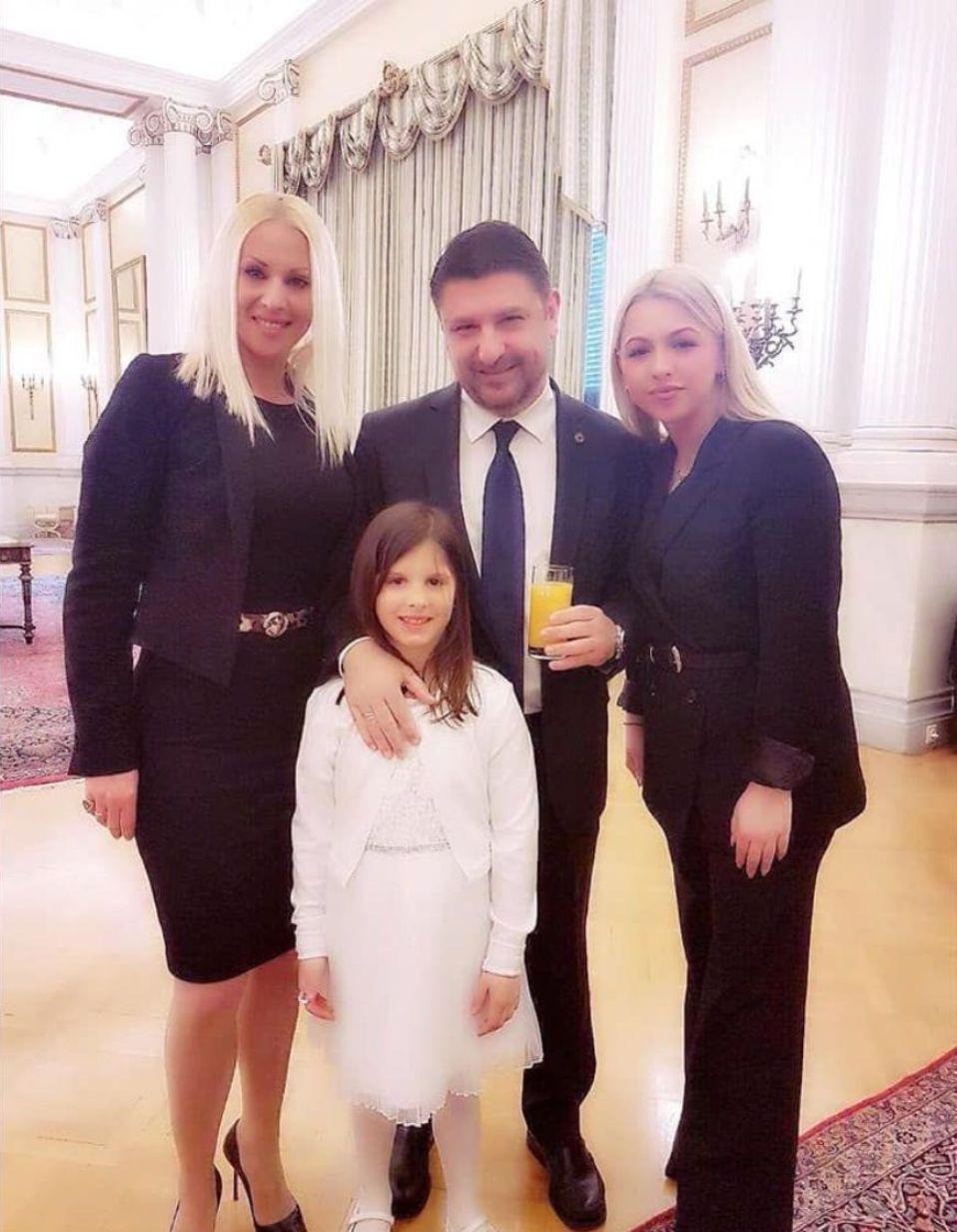 Νίκος Χαρδαλιάς οικογενεια