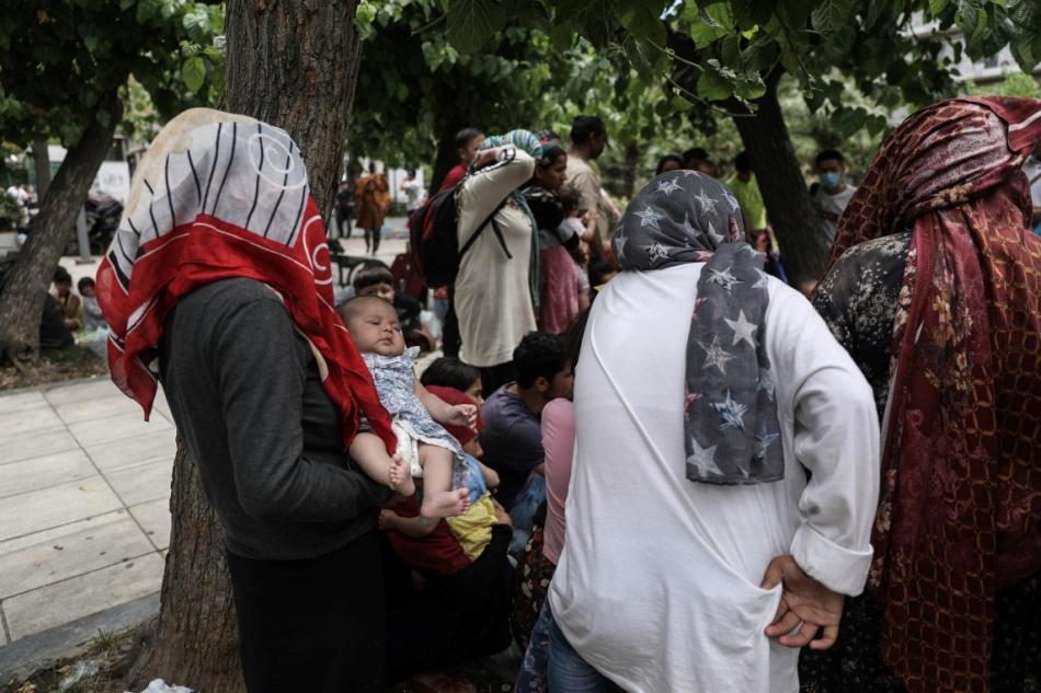 μεταναστες πλατεία Βικτωρίας