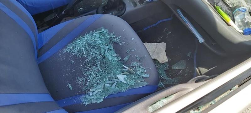 σπασμένο τζάμι αυτοκινήτου