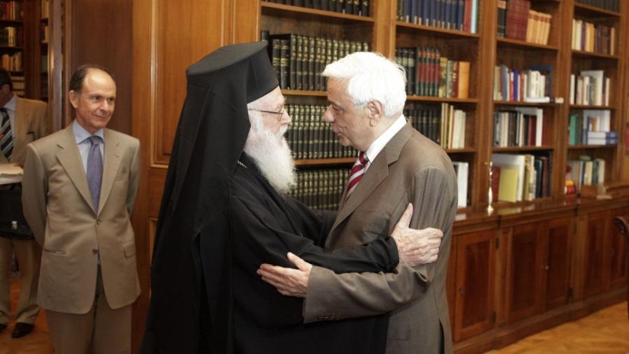 Μόνο δύο άνθρωποι τόλμησαν να μιλήσουν για τουρκική βαρβαρότητα: Ο Προκόπης Παυλόπουλος και ο Αρχιεπίσκοπος Αλβανίας Αναστάσιος