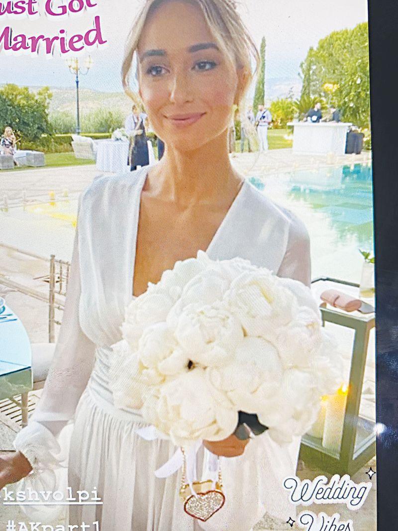 O εφοπλιστής Θάνος Φειδάκης παντρεύτηκε Ιταλίδα καλλονή με… μέτρα και λίγους καλεσμένους