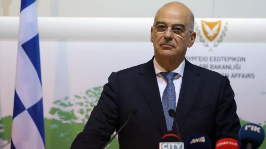 Στην Κύπρο για «έλεγχο ζημιών» ο Νίκος Δένδιας, μια ημέρα πριν τη Σύνοδο Κορυφής της ΕΕ