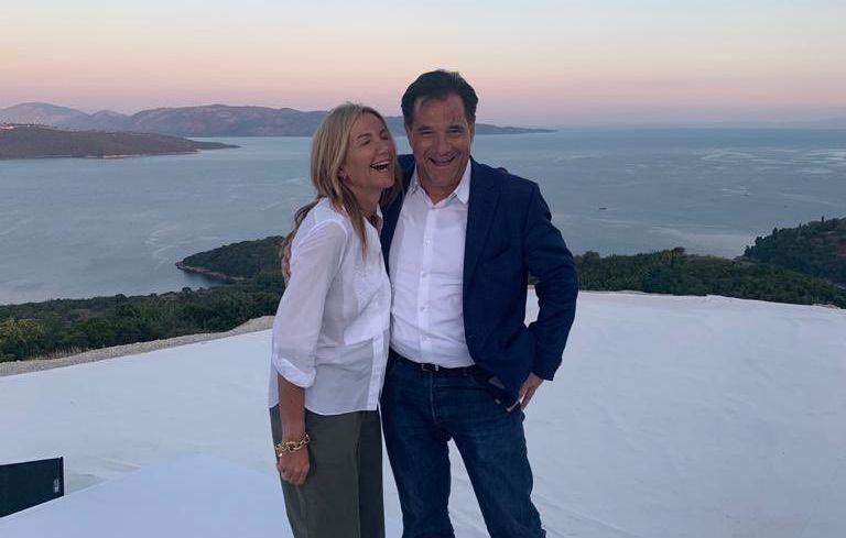 Είναι η κυρία Μαρέβα Μητσοτάκη «προστάτισσα αποδιοπομπαίων υπουργών;»