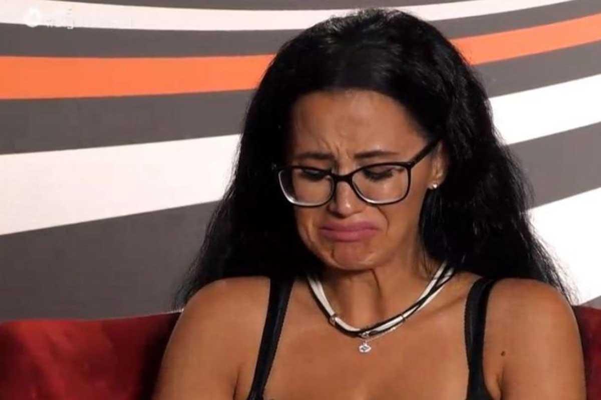 Big Brother: Διέρρευσε δεύτερο ροζ βίντεο της Χριστίνας Ορφανίδου (video)
