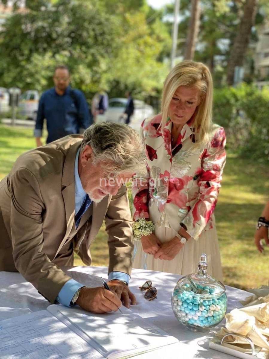 Ο Γιάννης Βούρος παντρεύτηκε ξανά την πρώην συζυγό του, Λένα Κώνστα