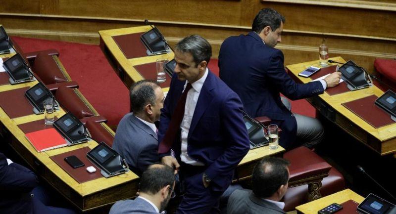 Ανακατεύει την τράπουλα ο Κ. Μητσοτάκης: Ποιοι μένουν και ποιοι φεύγουν στον επικείμενο ανασχηματισμό