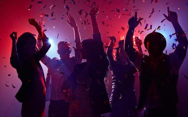 party 1 600x375 1