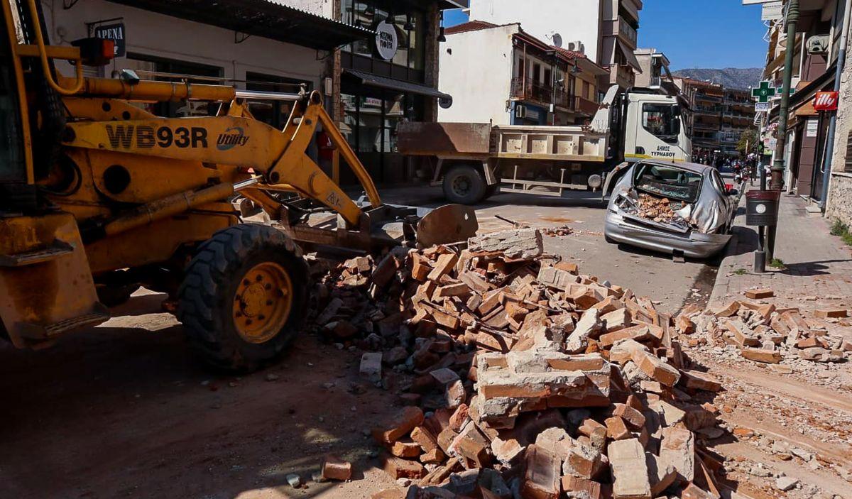 Ελασσόνα σεισμός ζημιές