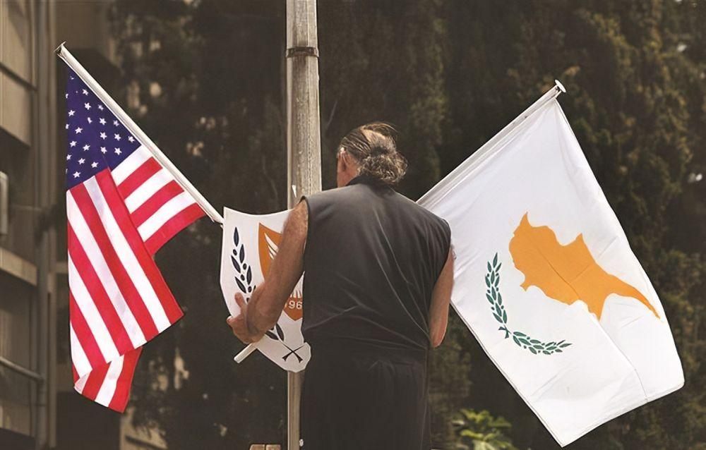 σημαίες ΗΠΑ Κύπρος
