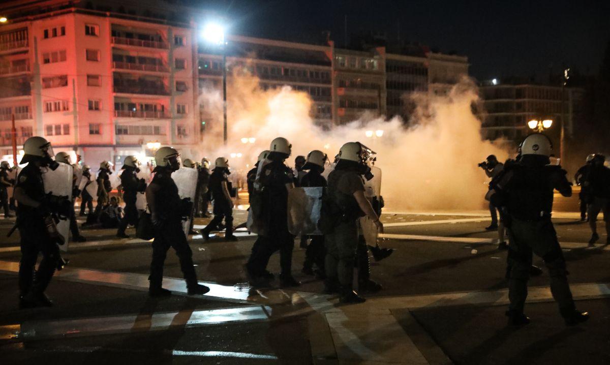 nb sygentrosi kata emboliasmou syntagma epeisodia