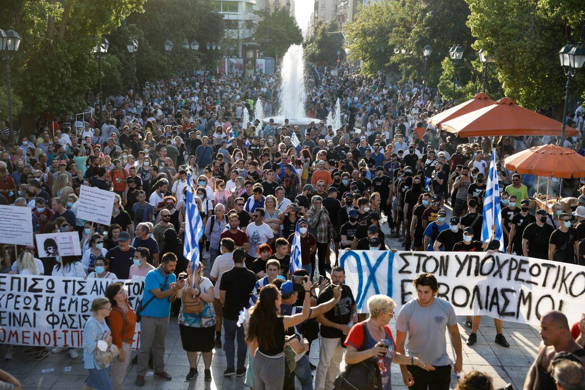 nb syntagma sygkentrosi ypohreotikotita2